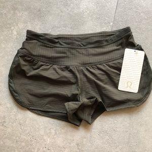 Lululemon run for days shorts in Deep Camo size 4